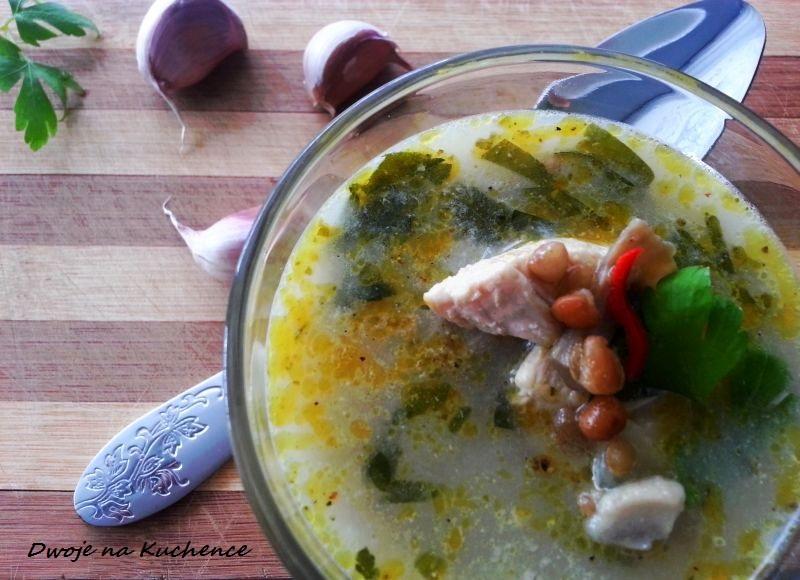 Zupa pieczarkowa z kurczakiem i imbirem