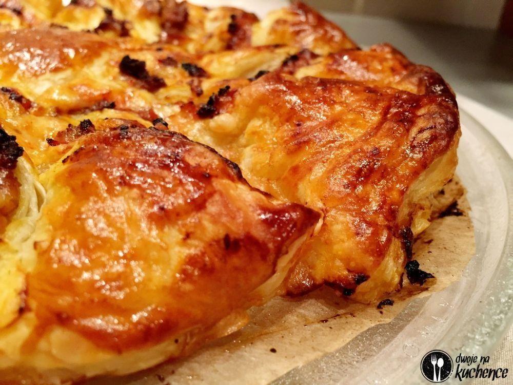 Pizza na cieście francuskim