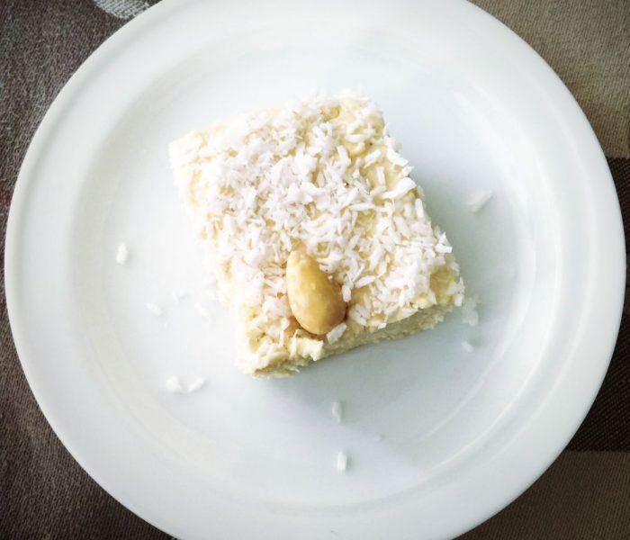 """Jagielnik, czyli """"rafaello"""" bez pieczenia na mleku roślinnym"""