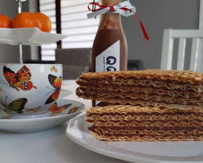 Pischinger, czyli wafle przekładane masą kakaową