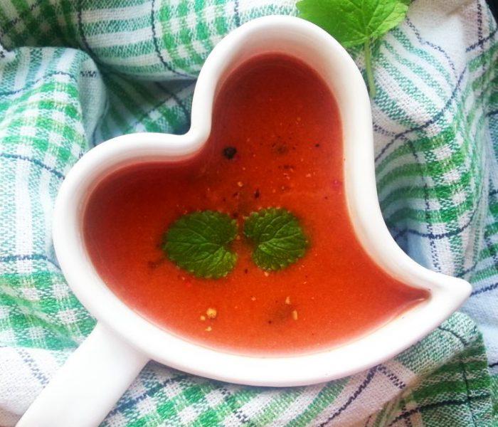 Zupa pomidorowa na bulionie z warzyw