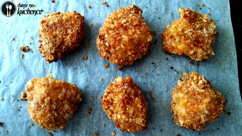 Nuggetsy w krakersowej paniece