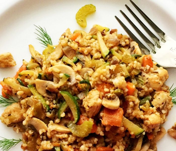 Kaszotto z indykiem, warzywami i pieczarkami